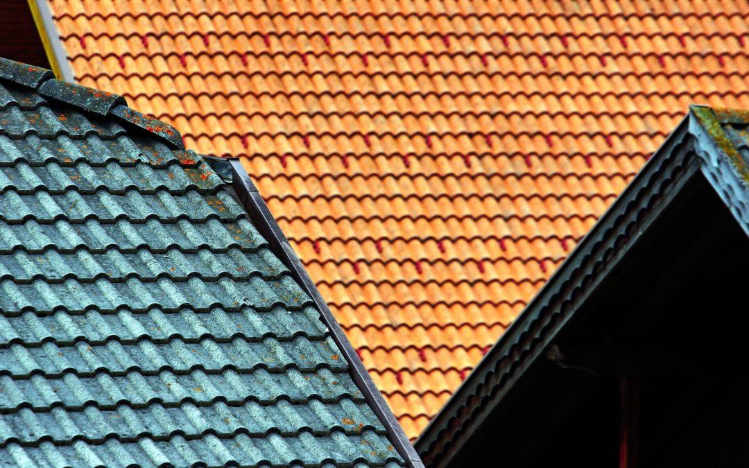 Infiltrazioni d'acqua: riparare o rifare il tetto?